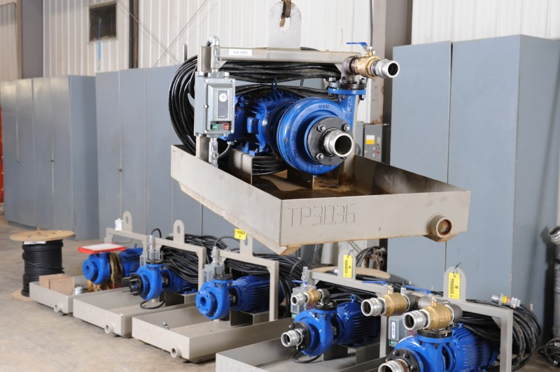 Oilfield Transfer Pumps From Strad Transport Drilling Fluid